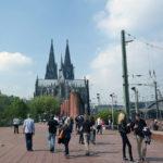 Kölner Dom und Touristen